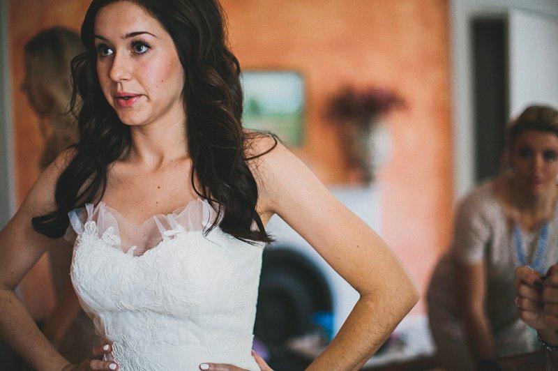 Bride gets ready at Tralee Farm NY