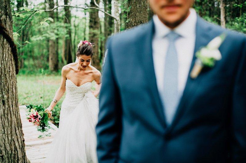 first look wedding catskills farm 2