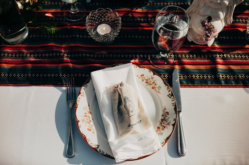 hippie table setting wedding farm
