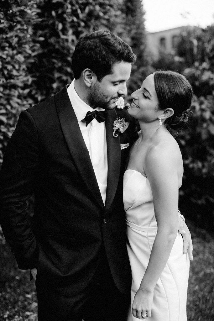 roundhouse wedding, roundhouse beacon ny, hudson valley wedding venue, lev kuperman, roundhouse wedding photographer