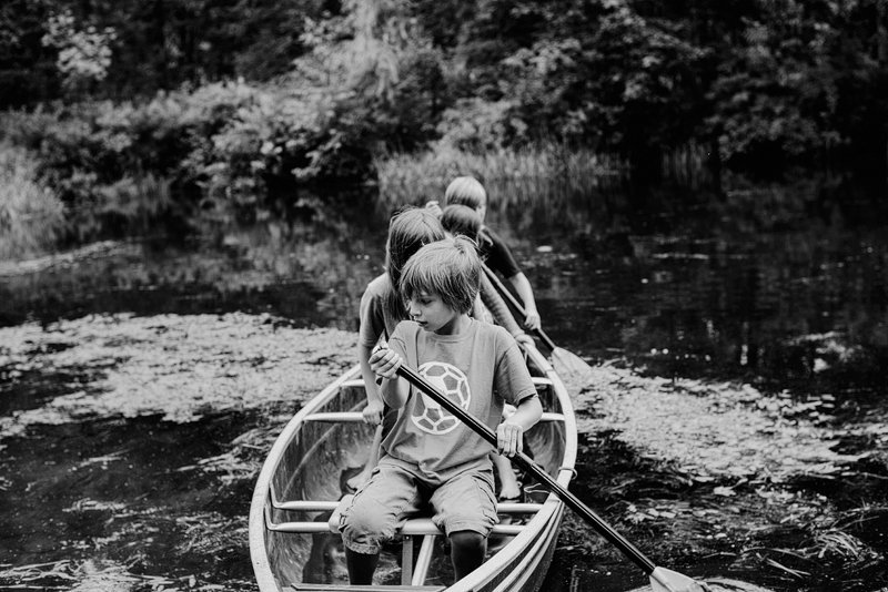 kids rowing a boat catskills