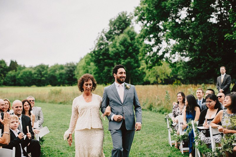 stone tavern farm wedding ceremony 1