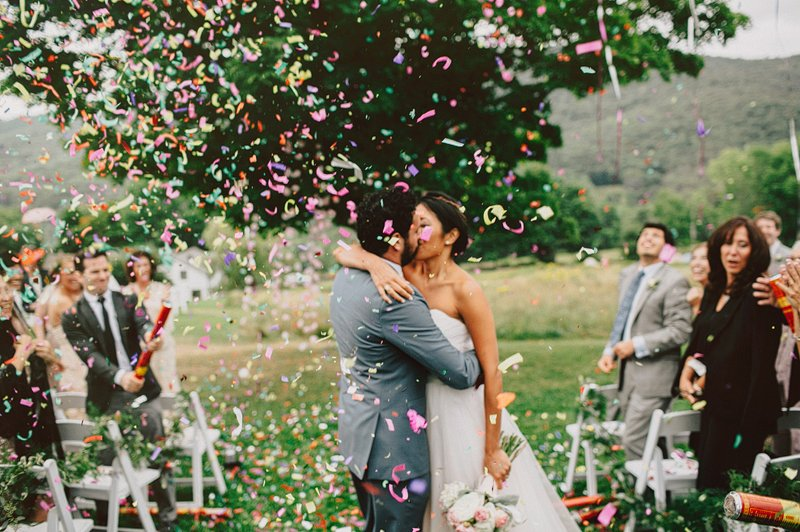 confetti wedding ceremony 1