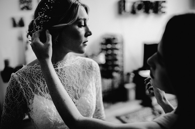 bride getting ready greenpoint brooklyn 4