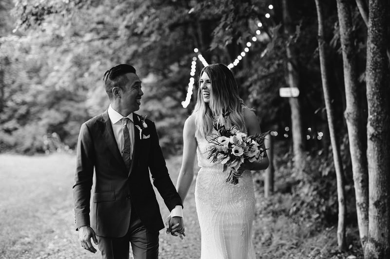 roxbury barn ny catskills wedding summer