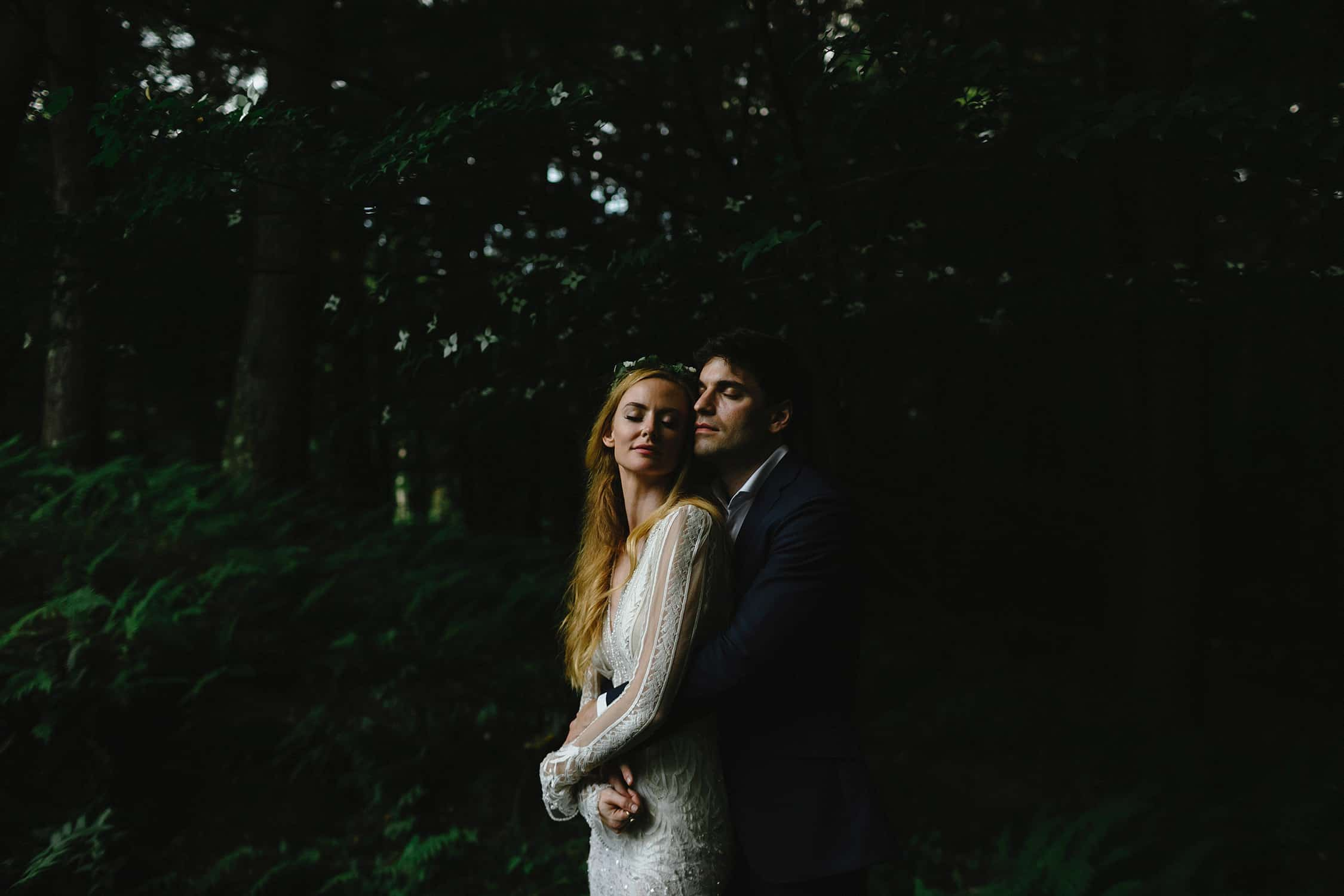 stylish new hampshire camp wedding the fells