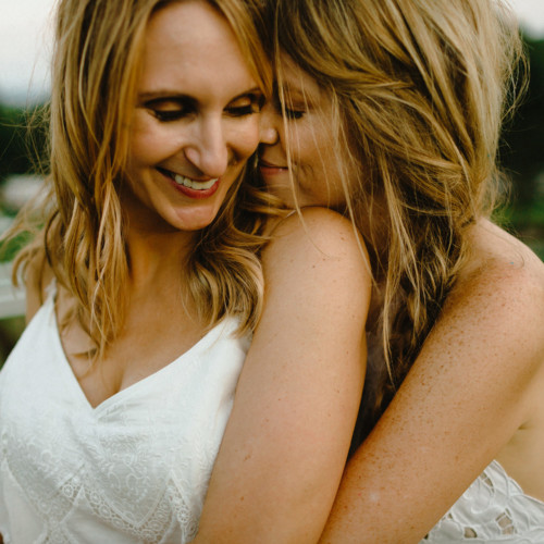 lesbian wedding catskills photographer